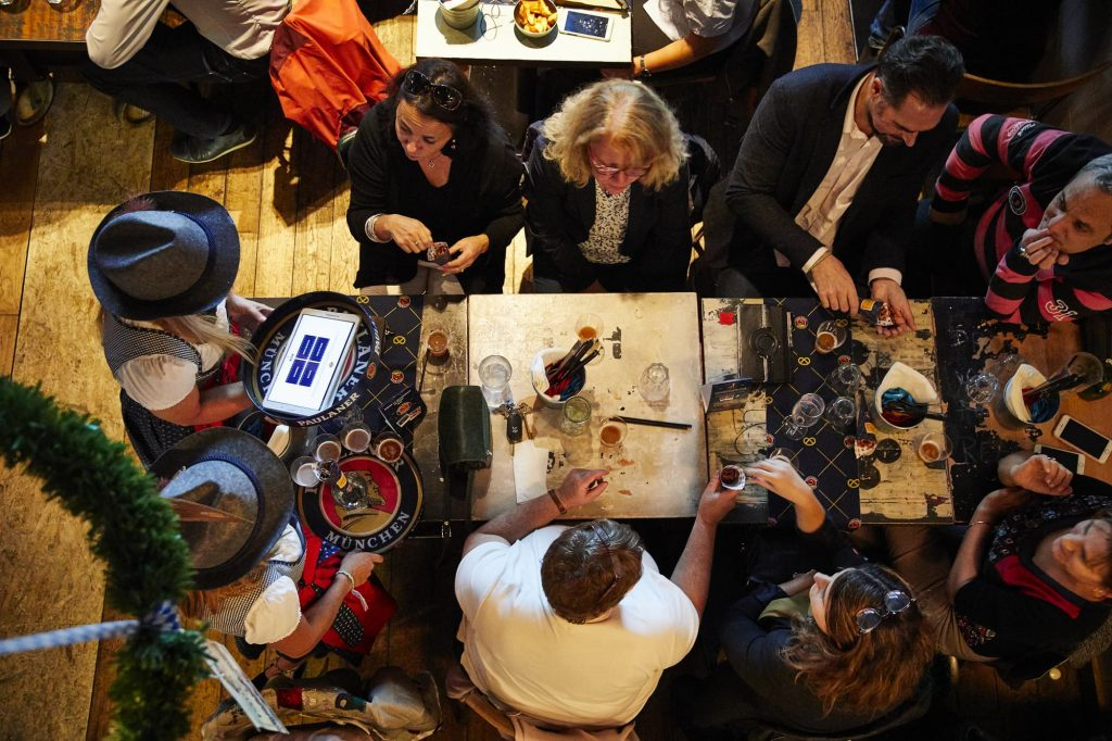 paulaner-tour-beer-paulagirls-quizz-from-above